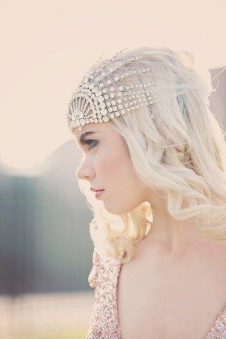 古典欧式的新娘头饰 彰显出浓浓的贵族气息