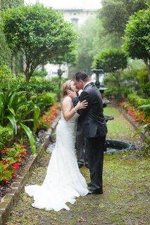 雨中婚纱摄影组图欣赏 竟然如此唯美