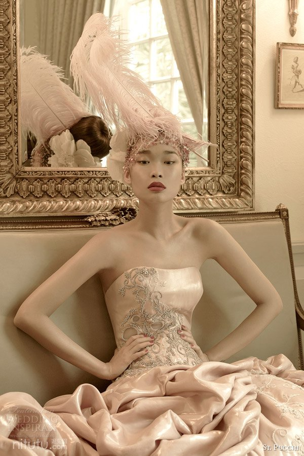 st pucchi bridal 2014 2015 aphrodite pink colored wedding dress close up