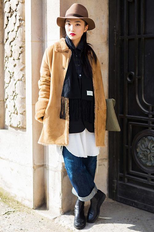 驼色大衣:冬日不可或缺的时尚单品