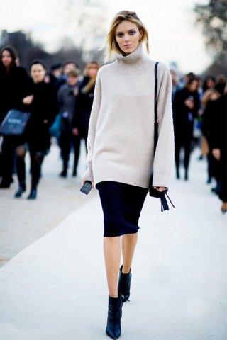 欧美街简约搭配 高领毛衣加半裙搭配
