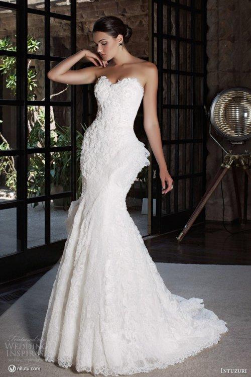 Intuzuri  婚纱礼服系列