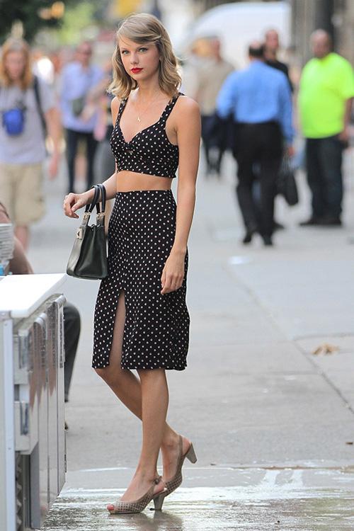 Taylor Swift 最新街拍造型大搜罗