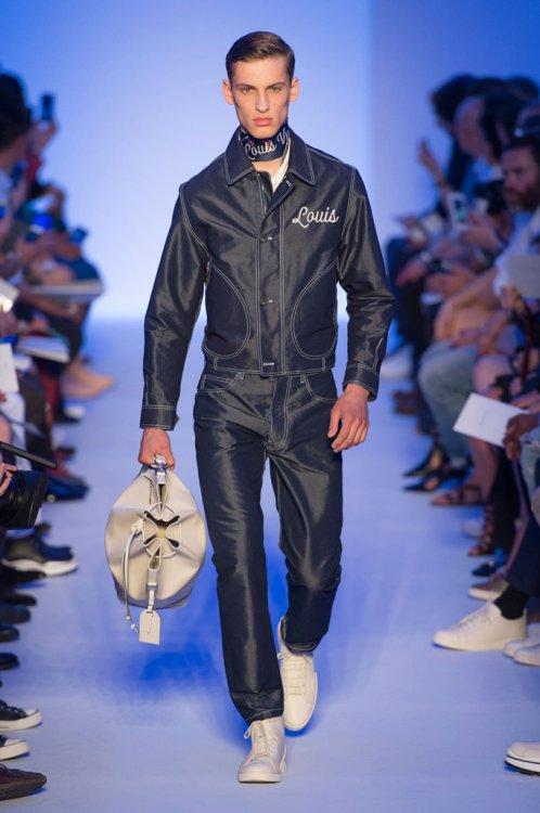 Louis Vuitton(路易威登)2016春夏巴黎男装秀