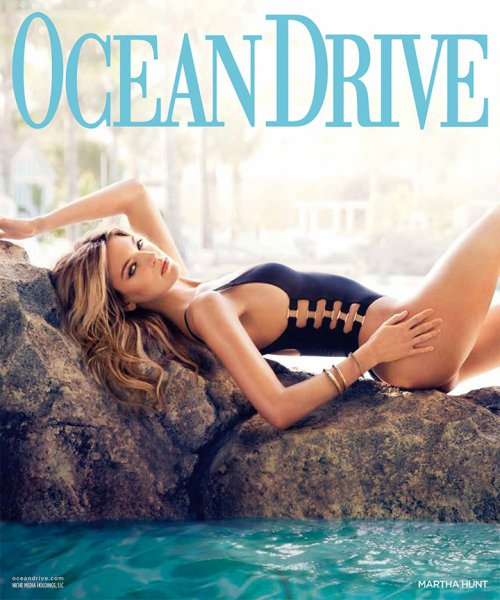 《Ocean Drive》时尚杂志欣赏  超模Martha Hunt 演绎夏日性感泳装大片