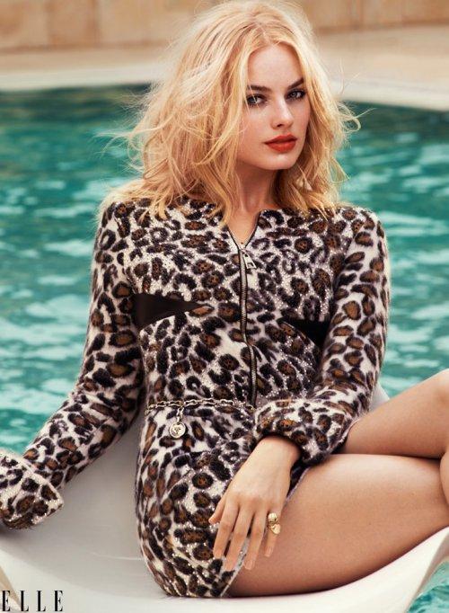 Margot Robbie 登《Elle》时尚杂志封面