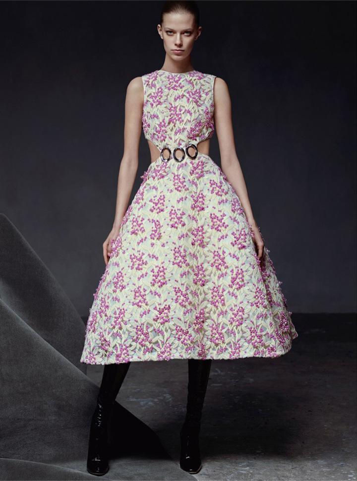 超模Lexi Boling 演绎《Dior Magazine》高级定制主题大片