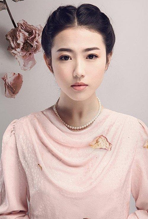 日常生活妆时尚彩妆图片 国庆小长假扮靓出游