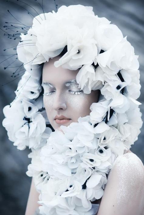 欧美最新时尚彩妆图片 冰雪妆容应时应景