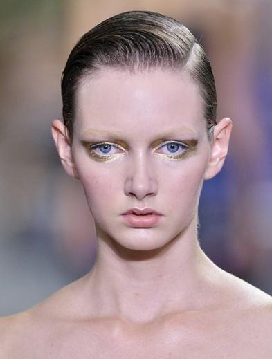 2014春夏Christian Dior秀场 金属色系妆容成主打潮流