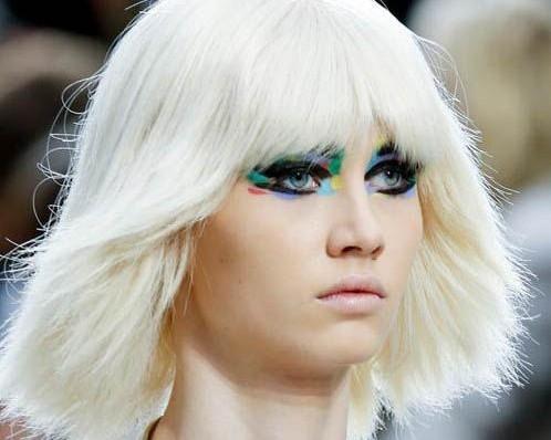Chanel春夏彩虹眼妆 活力色彩点亮巴黎