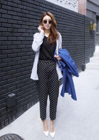 九分阔腿裤搭配尖头高跟鞋 早春穿出时髦大气场
