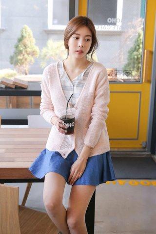 柔美粉色外套搭配图片 散发小女人气息