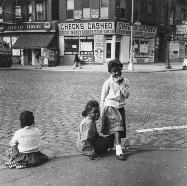 Rebecca Lepkoff街头摄影作品