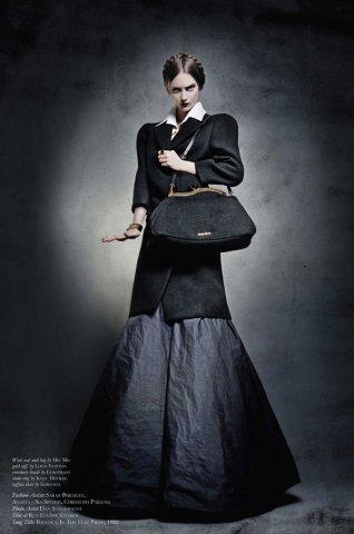 Thom Kerr时尚摄影作品:壁龛中的上帝