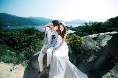 拍婚纱照的技巧 教你如何利用婚纱照姿势掩盖自身的缺陷