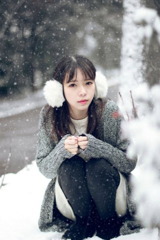 唯美雪地中的女神摄影欣赏
