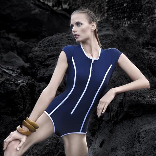 BALNEAIRE 意式轻奢的泳装魅力