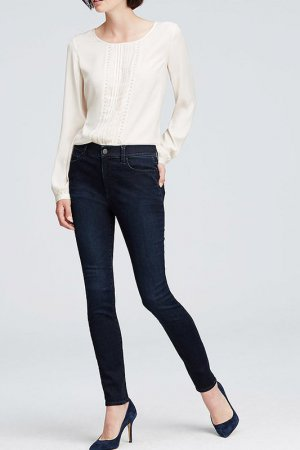 适合娇小女孩子的几条牛仔裤裤型!