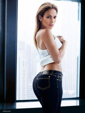 詹妮弗·洛佩兹(Jennifer Lopez)时尚广告摄影大片