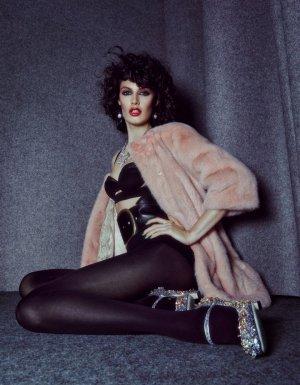 名模Sabrina Ioffreda演绎《Harper's Bazaar》杂志时尚大片