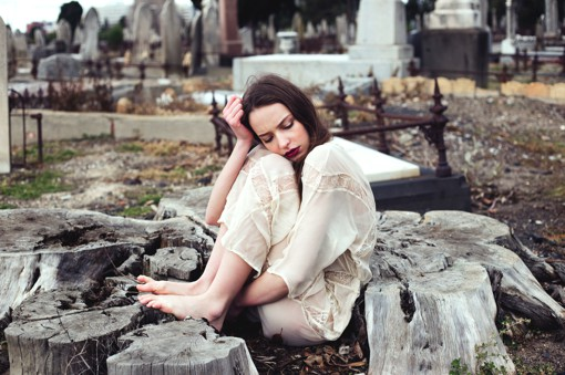 美女摄影师Lydia Trappenberg的情绪人像自拍摄影
