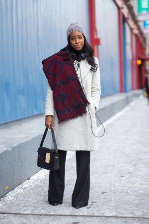 时尚冷帽穿搭街拍示范 今冬帽子流行趋势