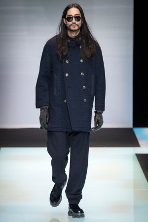 Giorgio Armani(乔治·阿玛尼)2016米兰时装周男装秀