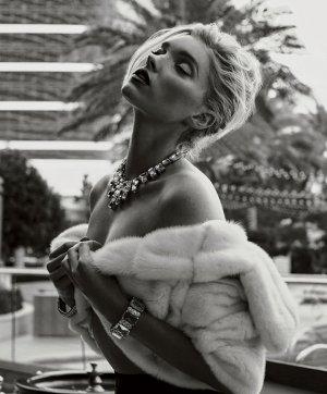 天使超模Elsa Hosk 演绎《Maxim》时尚杂志大片