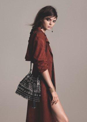 超模Kendall Jenner 代言Mango 最新时尚广告大片