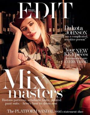影星Dakota Johnson 演绎《The Edit》时尚杂志大片