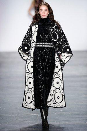 Vivienne Tam(谭燕玉)2016纽约时装周女装秀