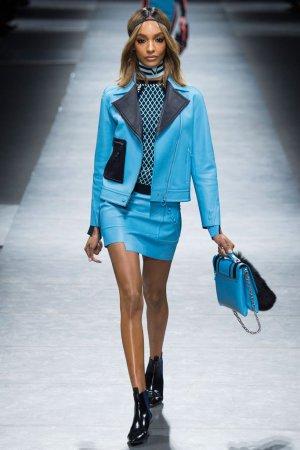 Versace(范思哲)2016米兰时装周女装秀