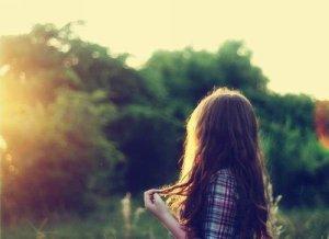 无论你多么爱一个人,都不要去寄生