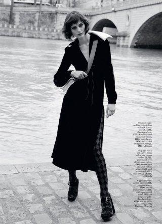 超模Sibui Nazarenko 演绎《Marie Clair》时尚杂志英国版