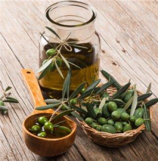 橄榄油白糖面膜的功效 橄榄油白糖面膜的具体做法