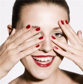 开眼角后多久可以洗脸 开完眼角马上洗脸小心感染