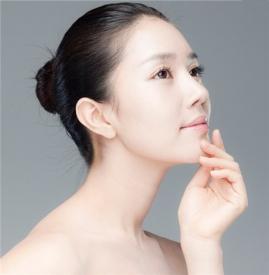 假体隆鼻的材料是什么 根据自身情况选择合适的假体材料