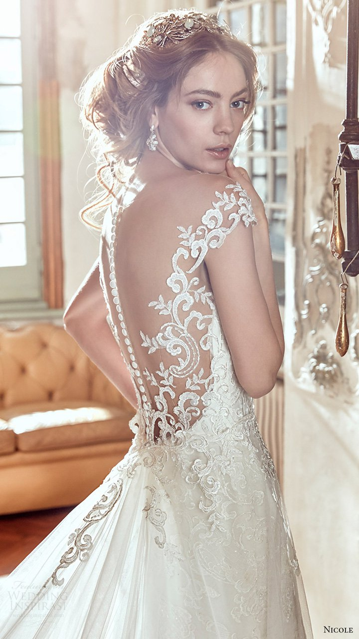 Nicole 2017婚纱系列LookBook