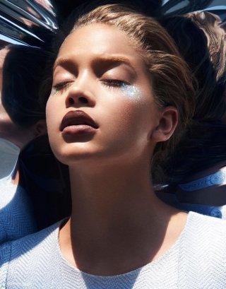 模特Jasmine Sanders 演绎《Vogue》时尚杂志大片
