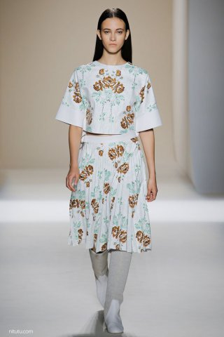Victoria Beckham 2017纽约时装周女装秀