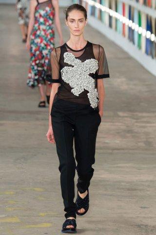 Hugo Boss(雨果博斯)2017纽约时装周女装秀