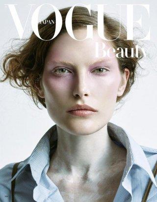超模Catherine McNeil 演绎《Vogue》时尚杂志大片