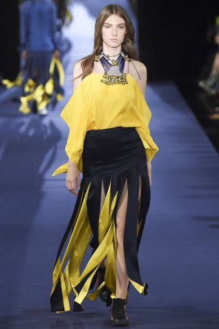 Alexis Mabille(艾历克西斯·马毕)2017春夏巴黎时装周女装秀