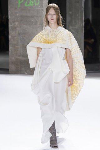 Rick Owens(瑞克·欧文斯)2017春夏巴黎时装周女装秀