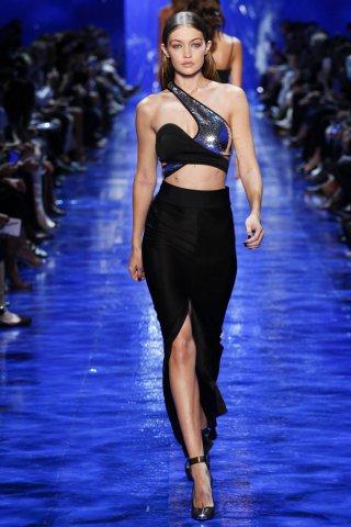 Mugler(穆勒)2017春夏巴黎时装周时装秀