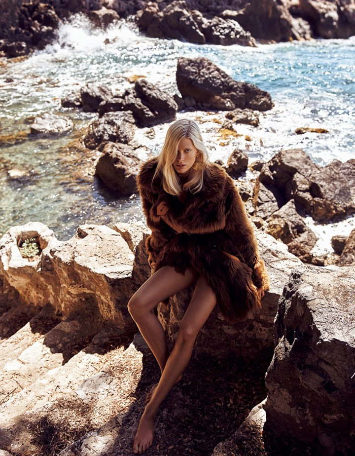 Iselin Steiro《Vogue》日本版2016年10月号