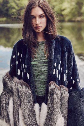 超模Jacquelyn Jablonski 演绎《Vogue》时尚杂志大片
