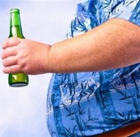 啤酒肚可以抽脂吗 男性啤酒肚切忌乱抽脂