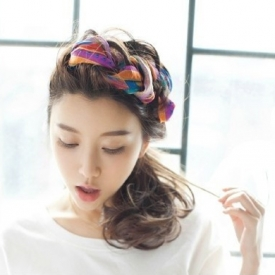 怎么用方巾扎头发 方巾盘发的各种方法及步骤图解